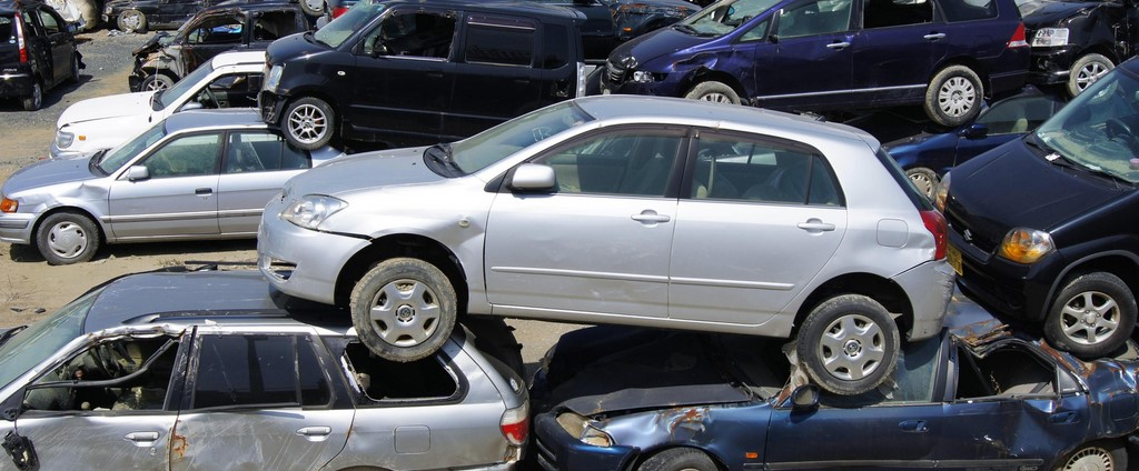 junk yards near me that buy cars