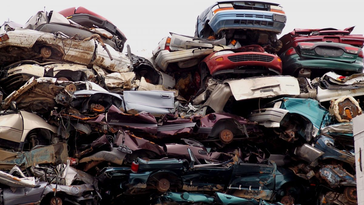 6 Tips on Using Social Media to Sell Junk Cars